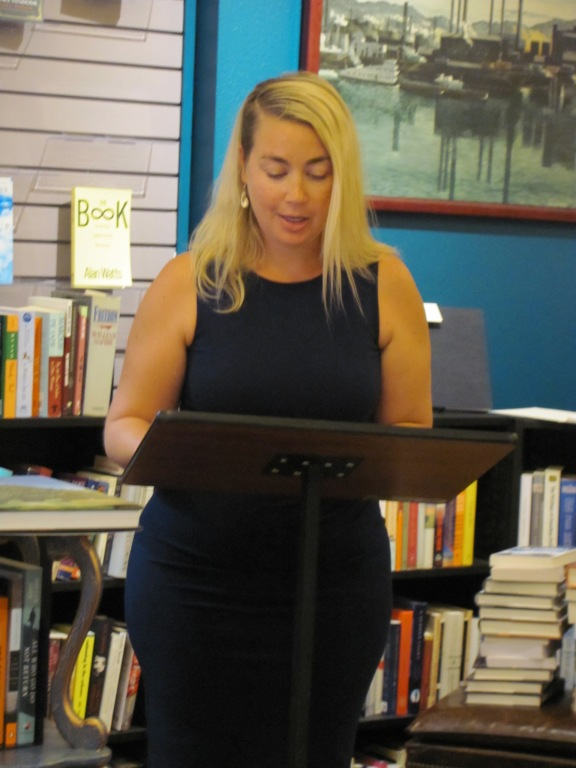 Susanna Fry reading at Classic Lines bookstore. Her poetry is featured in Issue 6.